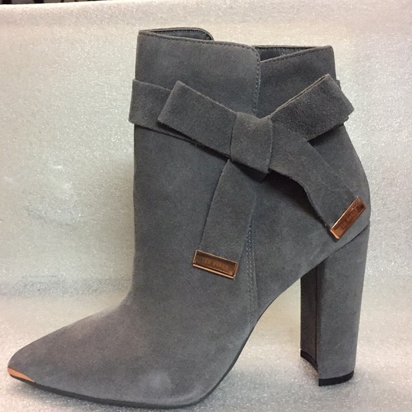 0355a55c3b3 Ted Baker Women s Sailly Suede Zip Up Ankle Boot